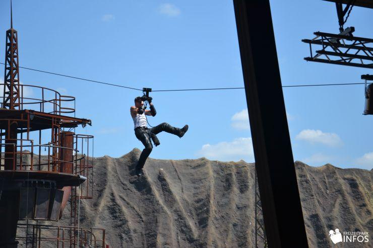 Foto: Freizeitparkinfos.de, Filmpark Babelsberg, Stuntshow im Vulkan