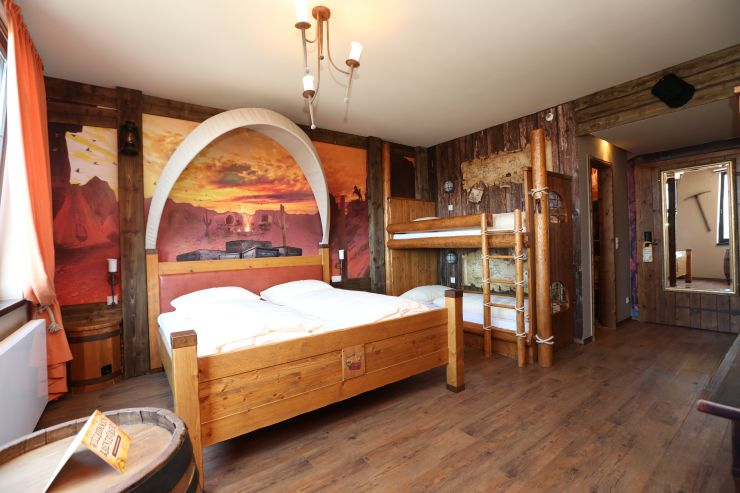 Foto: Heide Park Resort, Abenteuerhotel, Westernzimmer