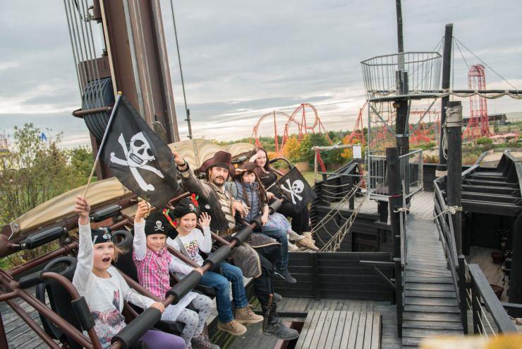 Foto: BELANTIS, Capt'n Black's Piratentaufe