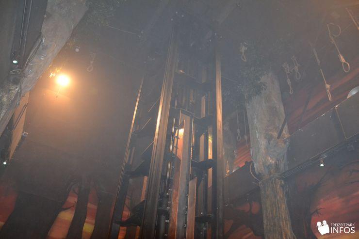 Foto: Freizeitparkinfos.de, Hamburg Dungeon, Drop Dead - Freifallturm