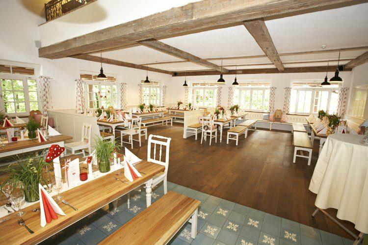 Foto: Freizeitpark Ruhpolding GmbH & Co KG, Restaurant Tischlein Deck Dich