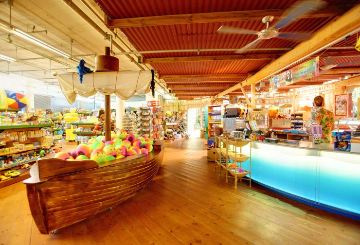Foto: Tropical Islands, Shopping-Boulevard