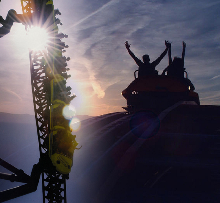 Foto: Holiday Park, Expedition Ge-Force bei Sonnenuntergang
