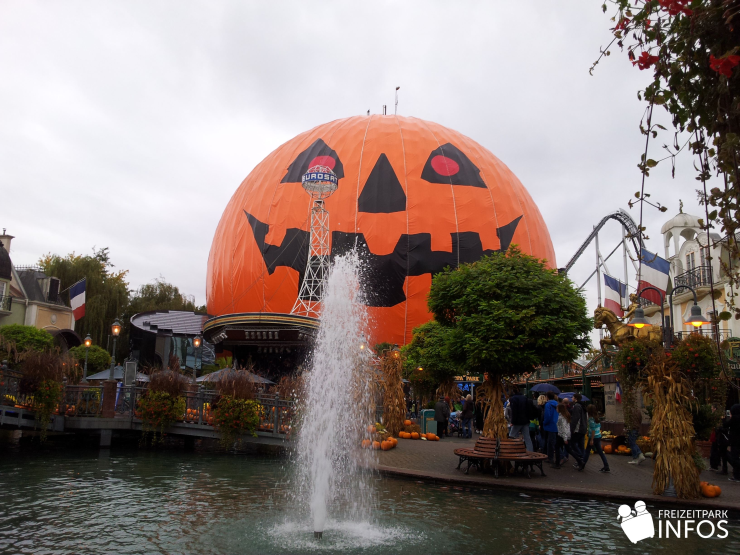 Foto: Freizeitparkinfos.de, Halloween im Europa-Park 2012