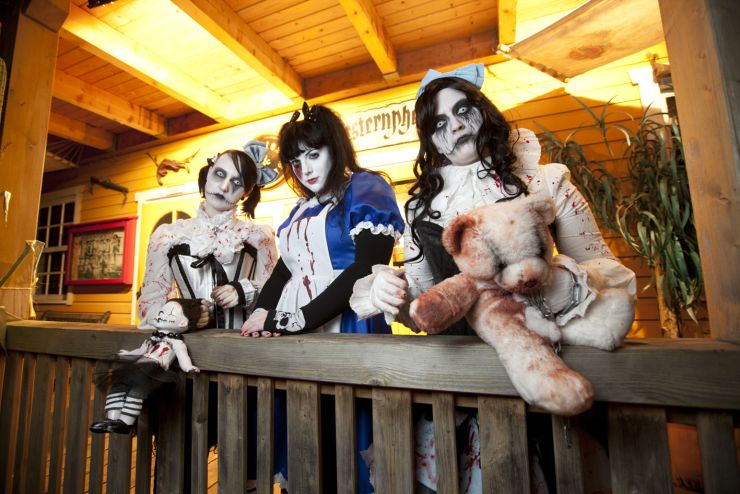 Foto: Fort Fun Abenteuerland, FORT FEAR , Jackie and Dolls