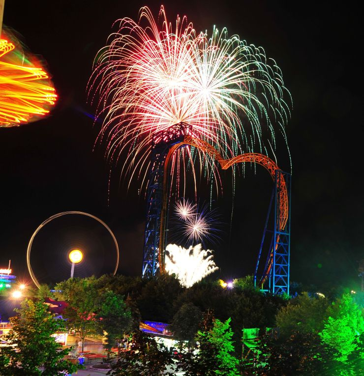 Foto: Skyline Park, Bei Nacht 2014