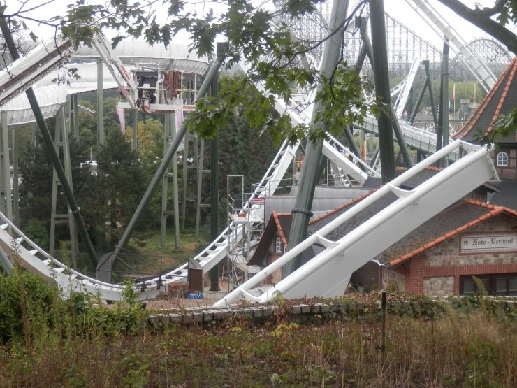 Foto: theheidepark, Wing Coaster Bauupdate – 15.09.2013