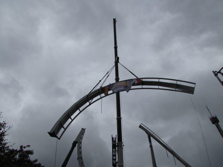 Foto: Heide Park Resort, Wing Coaster - letztes Schienenstück