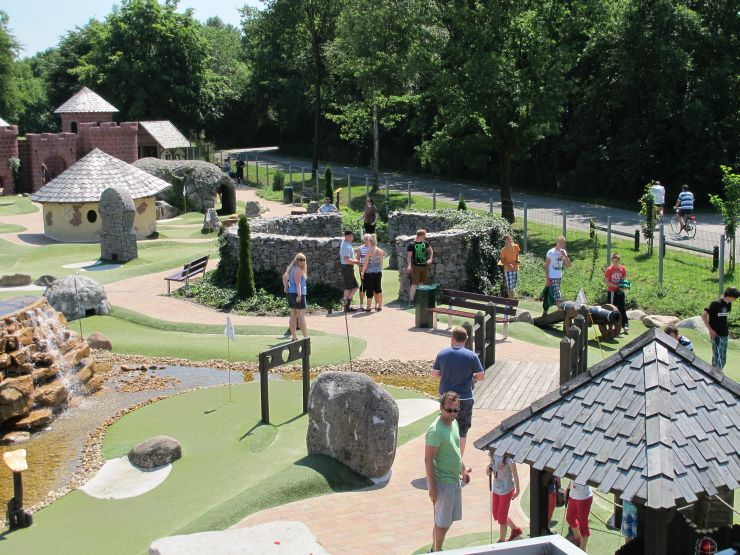 Foto: Ferienzentrum Schloss Dankern, Adventure Golf