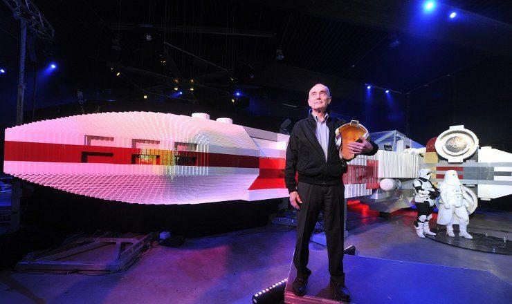 Foto: LEGOLAND Deutschland, ehemaliger Pilot der Rebellen Allianz, Biggs Darklighter alias Garrick Hagon