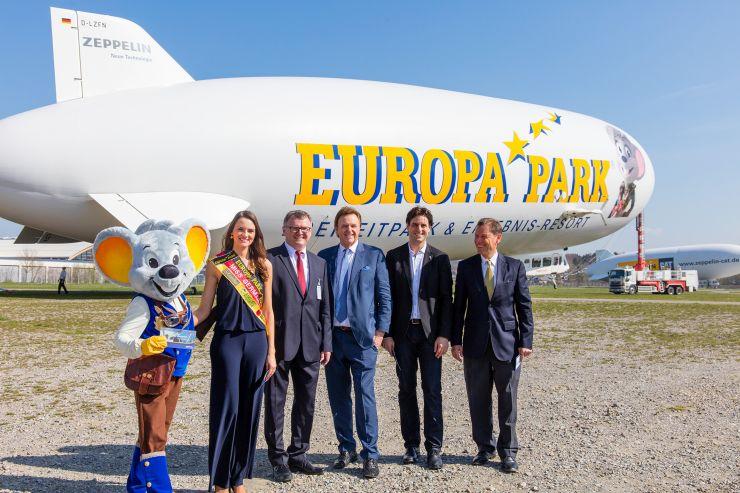 Foto: Europa-Park - Ed Euromaus, Miss Germany, Andreas Brand, Roland Mack, Thomas Mack und Thomas Brandt