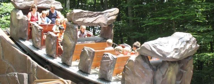 """Neu 2017 im Erlebnispark Steinau – """"ERLIs Wackelstein"""" – Ein ZIERER Kontiki"""