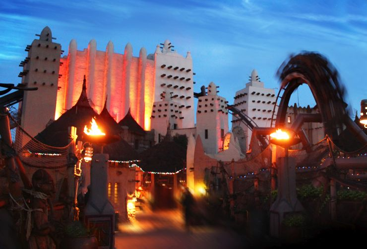 Foto: Phantasialand, Wintertraum Black Mamba