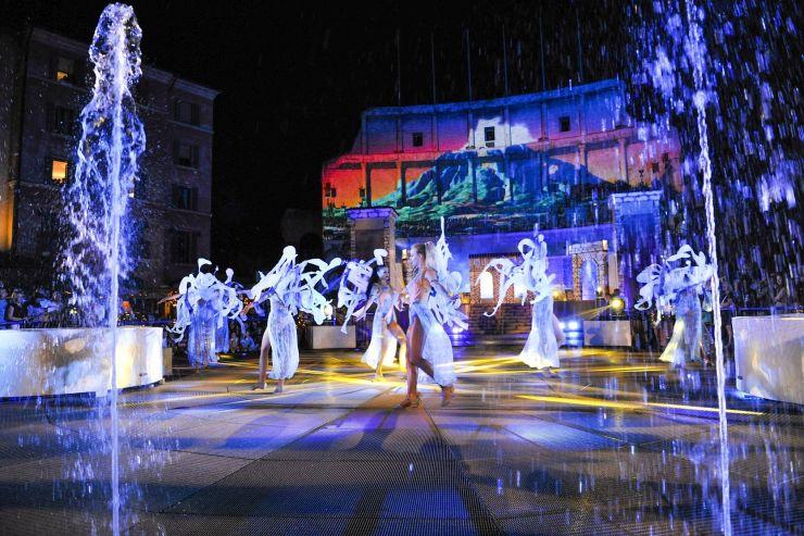 """Neue Sommershow """"Colossal"""" ab dem 28. Juli im Europa-Park"""