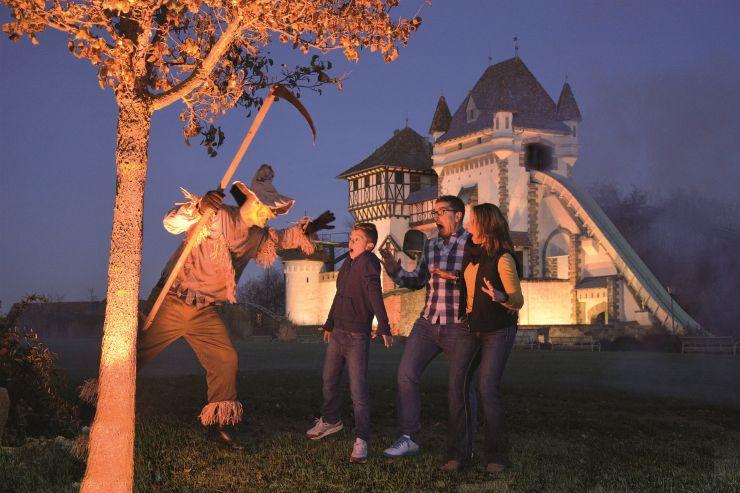 Schaurige Altweibernaechte im Erlebnispark Tripsdrill