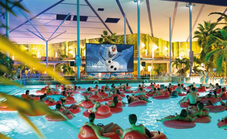 CineWave im Wellenbad