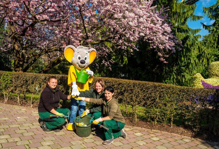 Deutschlands größter Freizeitpark blüht in bunten Farben
